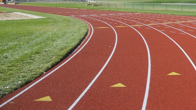 Selecting the Right Outdoor Track Surface
